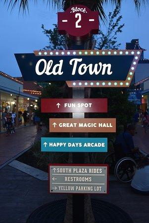 Old Town winkelstraat