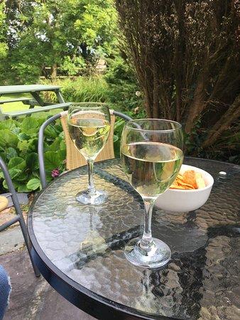Chester, UK: Enjoying a Sauvignon Blanc