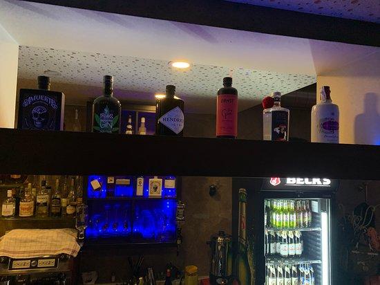 Cafe Bar 57
