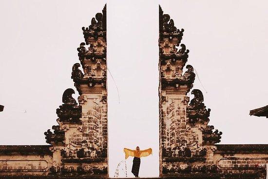 巴厘岛天堂之门之旅和蒂尔塔·冈加水宫