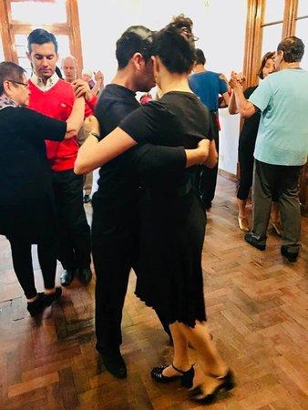Tango lessons at the Copes Valdes Estudio.