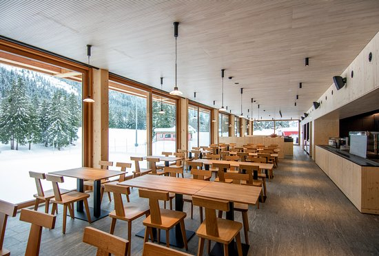 Olivone, Schweiz: Area self-service