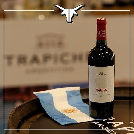 🍷 Découvrez une large sélection de vins pour accompagner notre 🍽 carte ...