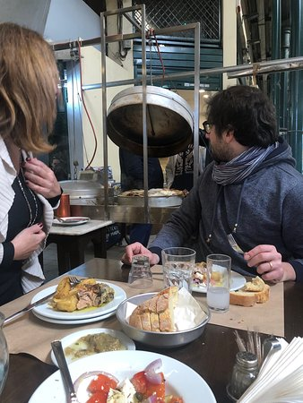 Small-Group Greek Traditional Food Tour around Athens with Tastings Φωτογραφία
