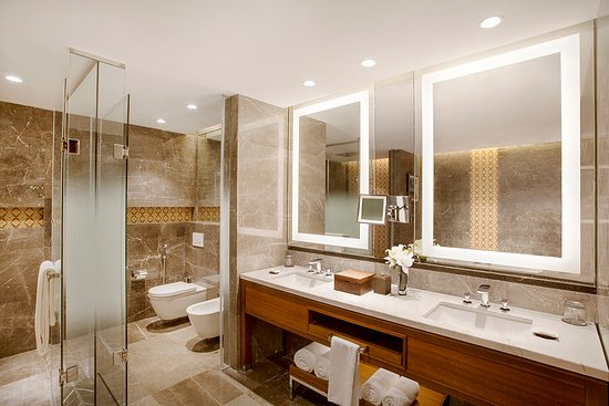 Villa Master Bathroom