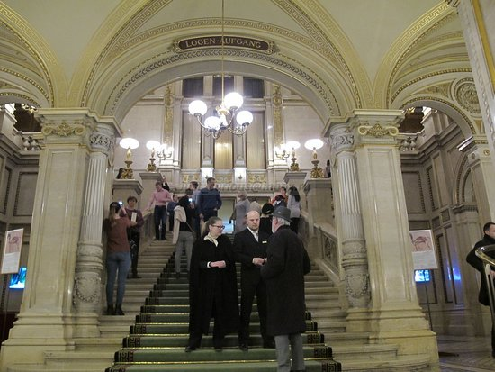 Wiener Staatsoper, grand staircase, entrance ushers