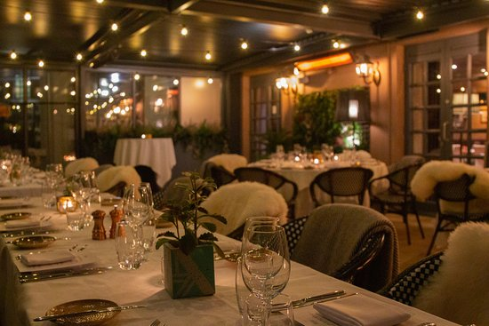 The Garden Room is comfortable and cosy, perfect for all weather dining