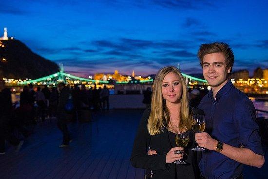 Budapest Valentinsdag Dinner Cruise...