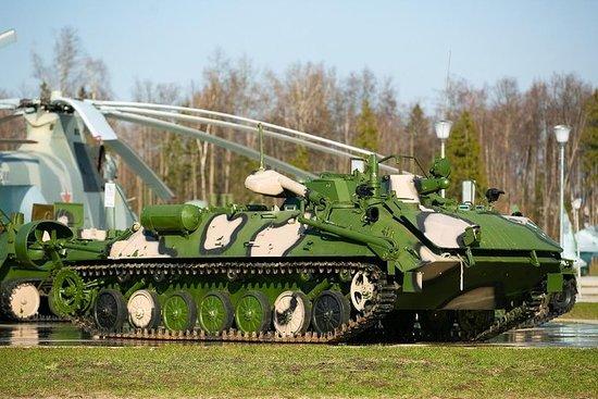 Andre verdenskrig tur til parken patriot av en sovjetisk militær van