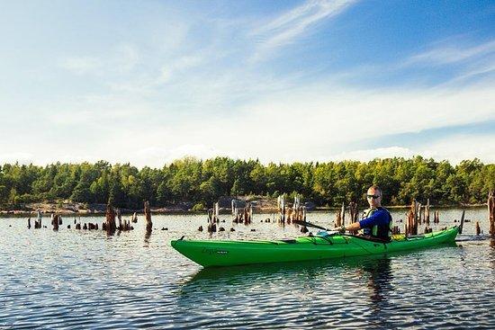 2-dagers kajakkeventyr rundt Vaxholm i Stockholms skjærgård...