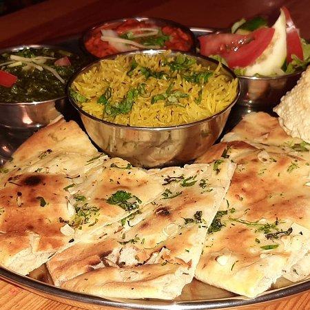 Thali veg. and Thali non veg./ carne