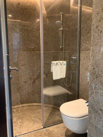 AKVO Hotel - bathroom
