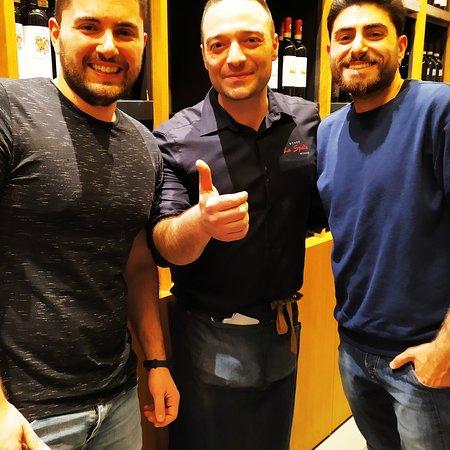 La spada, Firenze: Fiorentina, tortelli, aglio a, sapori indementicabili al centro di Firenze.