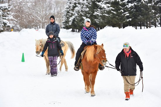 Chitose, Japonia: Riding a horse