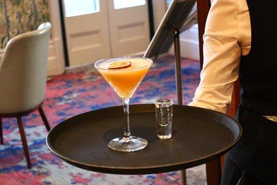 Ocean Bleu Bar & Lounge