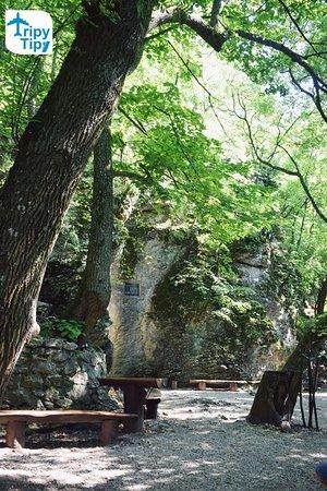 Smolenice, Slowakije: Pohľad na jaskyňu Driny