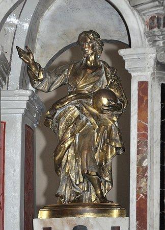 Cristo Redentore collocato sopra il tabernacolo