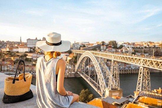 Visite de Porto et Matosinhos en petit groupe avec croisière dans le...