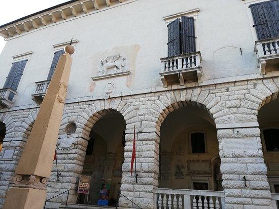 Palazzo della Ragione, oggi Municipio