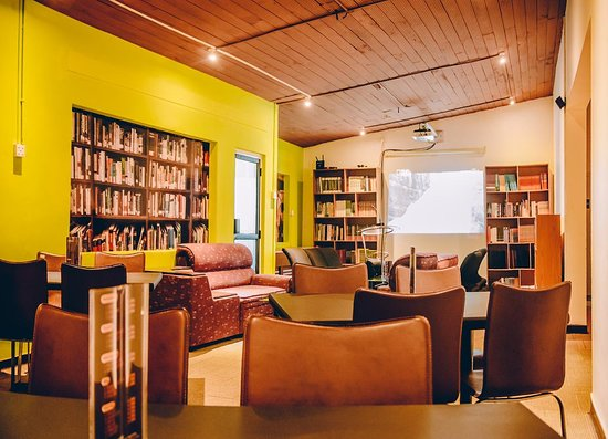 Cafe One reading Area