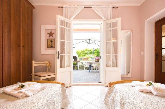 Province of Sassari, Włochy: Camera con due lettini o matrimoniale