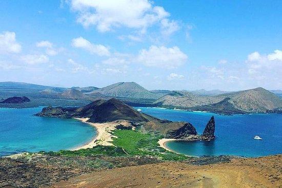 Tour a isla Bartolome + Bahia Sulivan