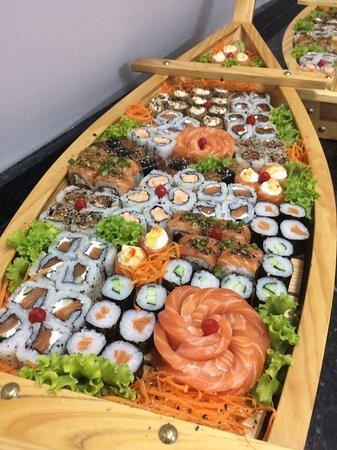 Ribeirao Preto, SP: Toshima sushi Express Nosso cardápio oferece a você variedade, qualidade e tradição. Aqui você encontra sushis yakissoba Temakis Hot Roll os melhores pratos da cozinha japonesa preparados com ingredientes selecionados. Consulte nosso cardápio peça no delivery (16) 3919-3320