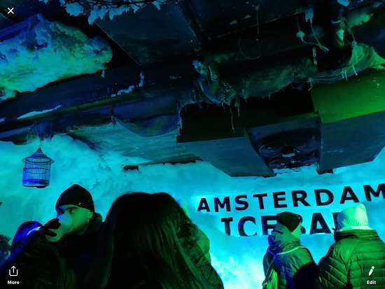 Xtracold Icebar Amsterdam and 1-Hour Canal Cruise: icebar