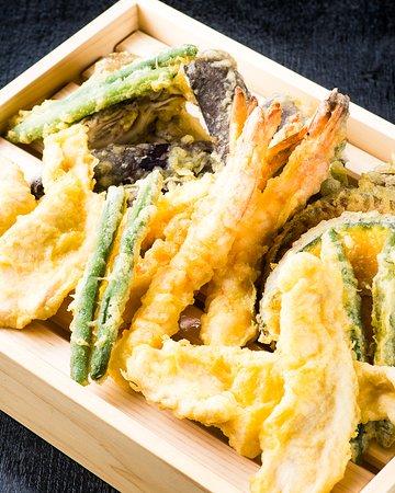 コレステロール0の体に優しい油を使用☆カボチャ、サツマイモ等豊田公設市場で新鮮な野菜を仕入れています