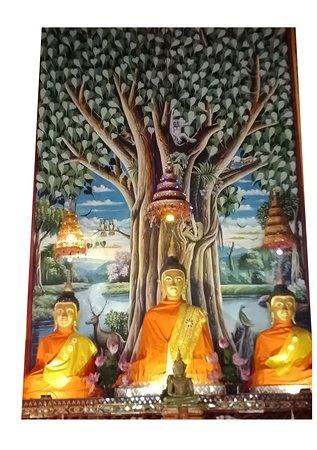 Ordination hall - Buddhas