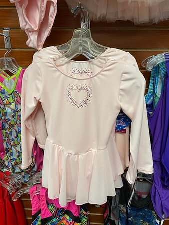 Morrison, IL: Uniquely Made Gifts Boutique, 123 Tee's Screen Printing, Dancer's Hut, Tanning & More