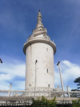 Gampola, Srí Lanka: View from the bottom of the tower