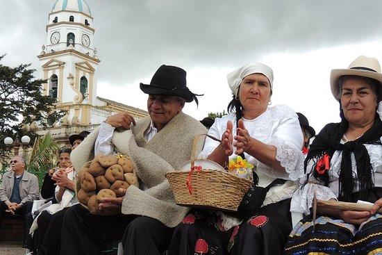 Excursion privée d'une journée dans les villes traditionnelles autour...