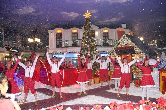 Agradecemos a toda la gente que formó parte de la increible experiencia de la época navideña 2019 Kidzania Monterrey