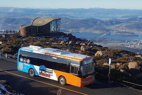 Hobart Hop-On-Hop-Off-Bus & Kunanyi...