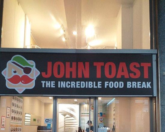immagine John Toast In Novara