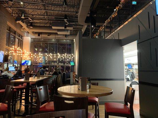 Interior of Boston Pizza on Beatty