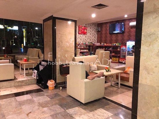 Ruang Tunggu Grand Surabaya Hotel