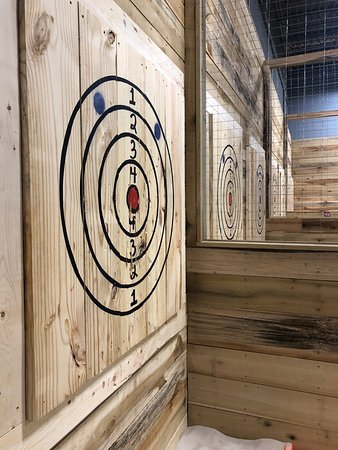 Badl Axe Throwing