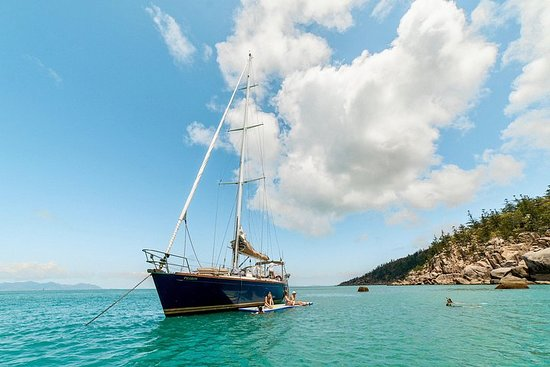 Magnetic Island Sailing Lunch Cruise