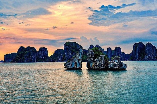 BEST Halong Bay heldags all-inclusive...