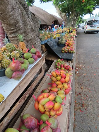ST Lucia fruit market