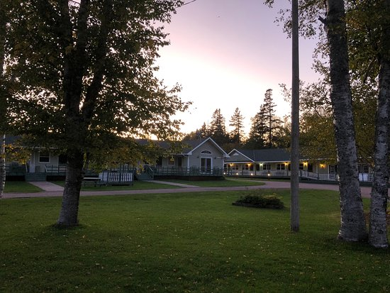 Alberton, Canada: Lodge and grounds
