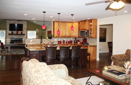 Langston, OK: Living Room and Kitchen