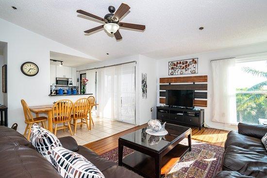 Ostrvo Ana Marija, FL: The Living-room