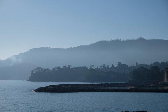 La presqu'ile de Portofino vue de Rapallo