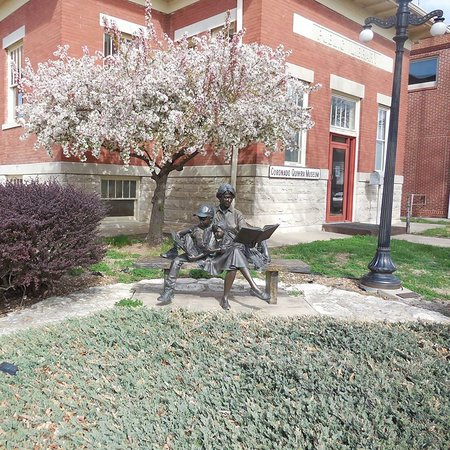 Lyons, KS: Bronze statue on the corner West Lyon and East Ave S, in front of the museum.