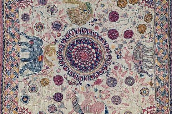 Valokuva: Discover Kantha Stitch Painting In Kolkata