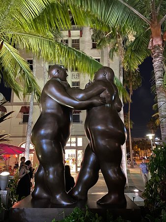 Botero exhibition at Lincoln Road Mall