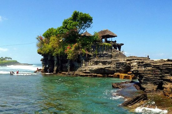Tanah Lot & Banyumala Waterfall Private...